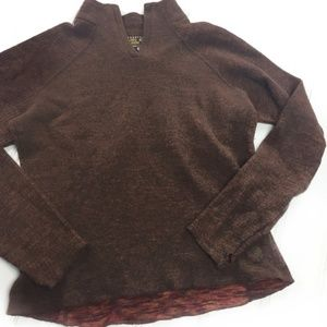 Mountain Hardwear Wool Blend V Neck Sweater M